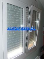 ventana en alunimio blanco