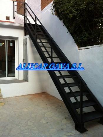 Escaleras de hierro for Escaleras de hierro para exterior