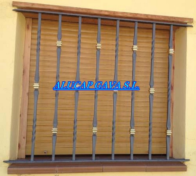 Reja fija forja y mac 1 copiar carpinter a de aluminio - Rejas de forja antiguas ...