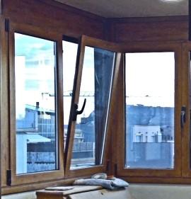 ventana oscilo batiente madera